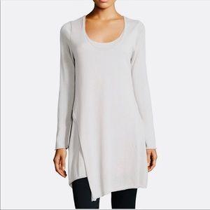 EUC🤍Gorgeous Asymmetrical Layered Sweater
